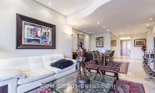 La Trinidad: Timeless luxury apartments for sale with sea views on the Golden Mile, between Puerto Banus and Marbella 22618