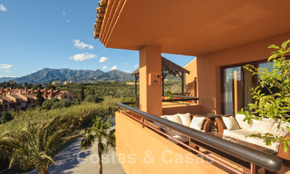 Gran Bahia: Luxury apartments for sale near the beach in a prestigious complex, just east of Marbella town 23001