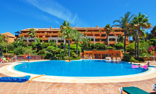 Gran Bahia: Luxury apartments for sale near the beach in a prestigious complex, just east of Marbella town 23030
