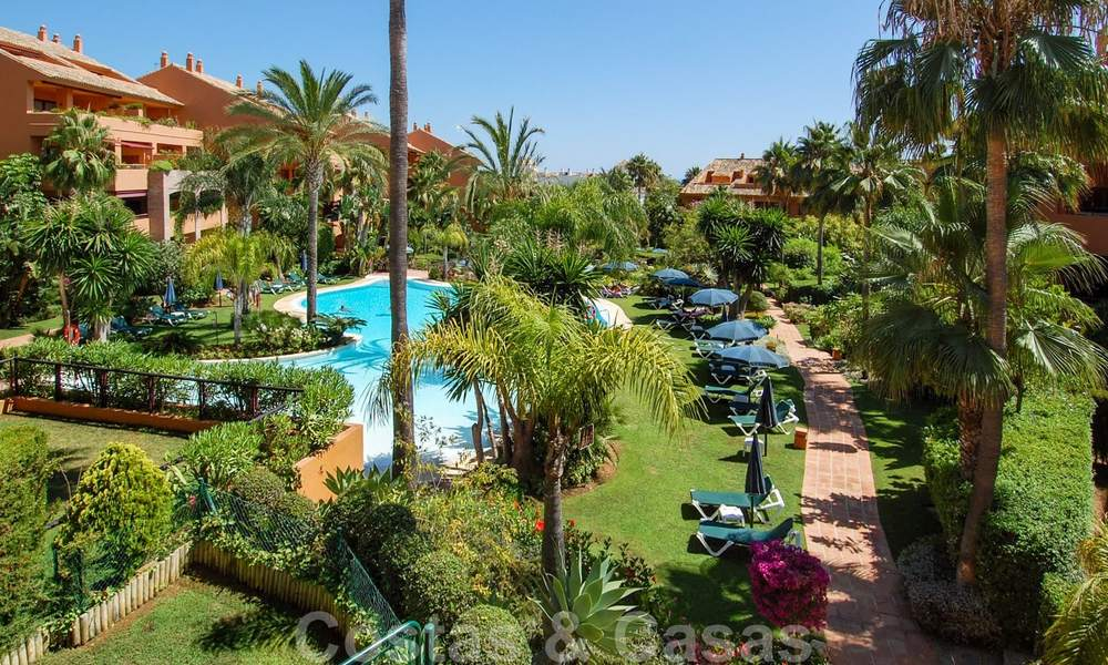 Gran Bahia: Luxury apartments for sale near the beach in a prestigious complex, just east of Marbella town 23031