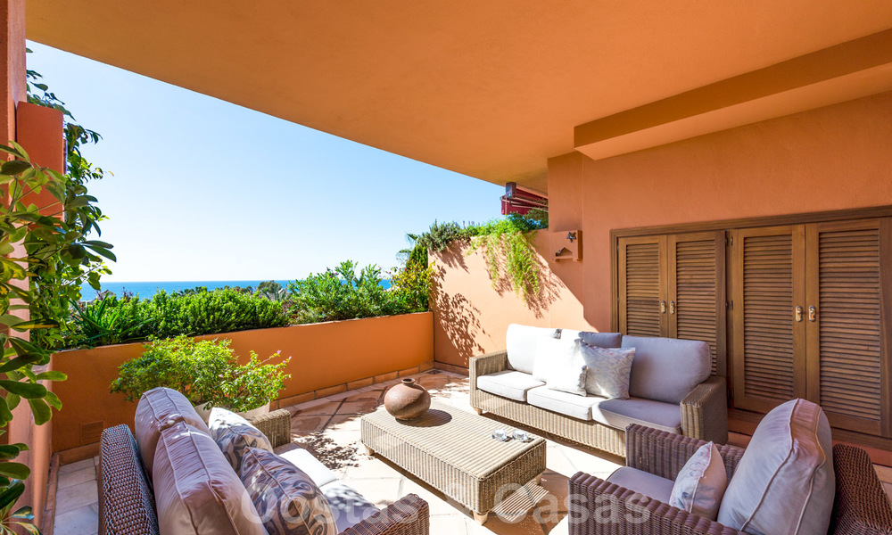 Gran Bahia: Luxury apartments for sale near the beach in a prestigious complex, just east of Marbella town 23033