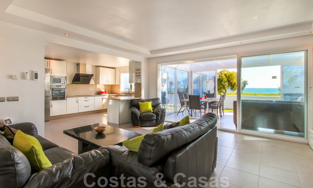 First line beach villa for sale with stunning sea view on the New Golden Mile, between Marbella and Estepona 23478