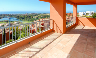 Luxury apartments for sale in Royal Flamingos with stunning views over the golf and sea in Marbella - Benahavis 23562
