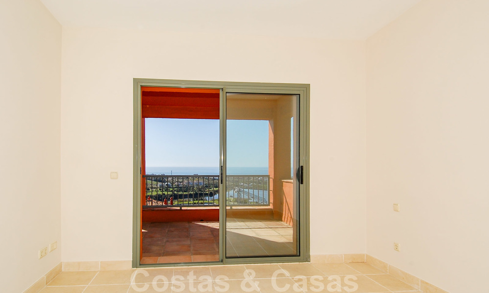 Luxury apartments for sale in Royal Flamingos with stunning views over the golf and sea in Marbella - Benahavis 23566