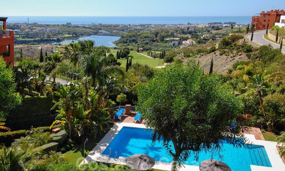 Luxury apartments for sale in Royal Flamingos with stunning views over the golf and sea in Marbella - Benahavis 23584