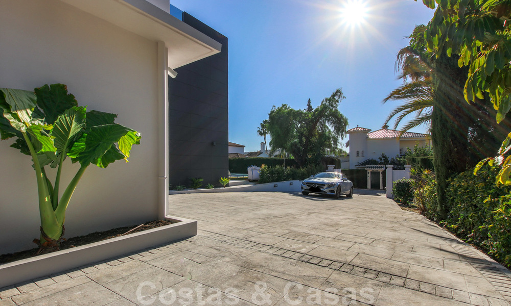 Ready to move into new modern luxury villa in gated and secured residential area for sale in Nueva Andalucia, Marbella. Open to reasonable offers! 23679