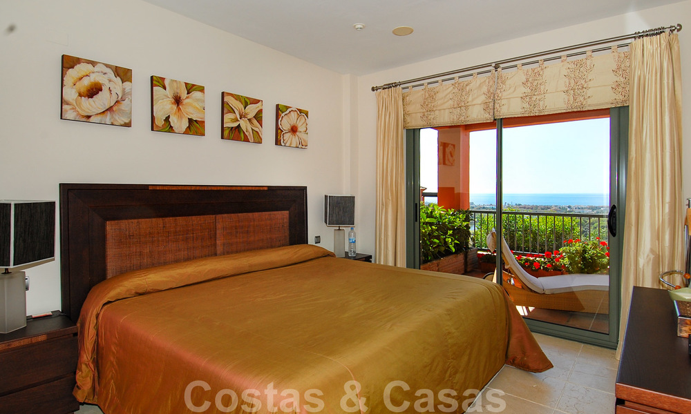 Luxury apartments for sale with gorgeous views over the golf and sea in Marbella - Benahavis 23724