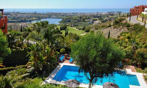 Luxury apartments for sale with gorgeous views over the golf and sea in Marbella - Benahavis 23728