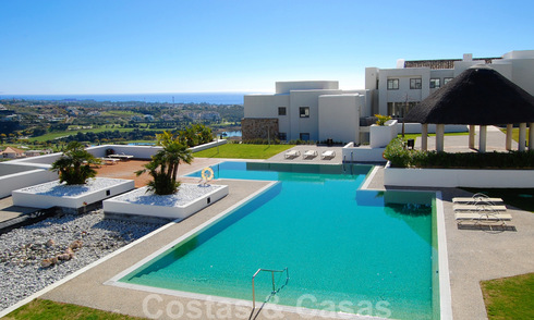 Modern spacious luxury apartments with golf and sea views for sale in Marbella - Benahavis 24588