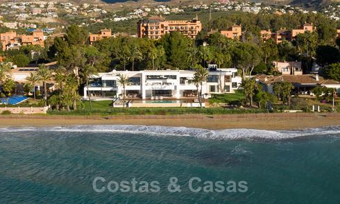 Modern exclusive beachfront villa for sale with panoramic sea views on the New Golden Mile, between Marbella and Estepona 24269