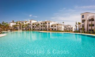 Elegant new modern apartments with panoramic mountain- and sea views for sale in the hills of Estepona 24385