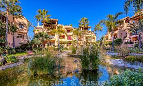 Luxury apartment in a front-line beach complex for sale in San Pedro Playa, within walking distance to amenities and the centre of San Pedro, Marbella 24338
