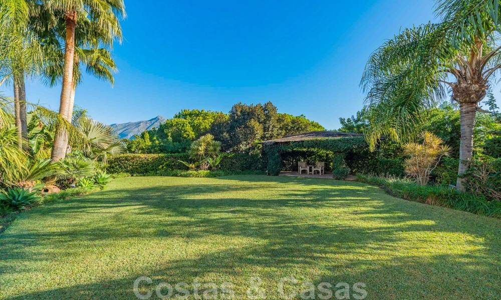 Large luxury villa for sale with stunning panoramic views over the golf valley, the mountains and the Mediterranean Sea in Nueva Andalucia, Marbella 25032