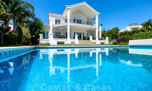 Detached villa in classic style for sale in coveted Nueva Andalucia, Marbella 25072
