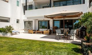 Modern front-line golf apartment with beautiful golf and sea views for sale in Los Flamingos Golf in Marbella - Benahavis 25135