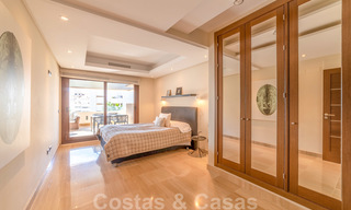 Modern apartment for sale in a frontline beach complex with sea views between Marbella and Estepona 25637