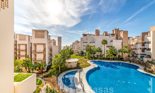 Modern apartment for sale in a frontline beach complex with sea views between Marbella and Estepona 25641