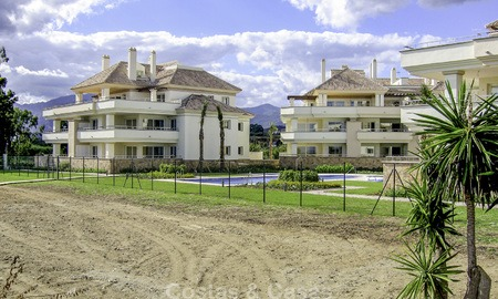 Sea - beach front line luxury apartments for sale, Marbella - Estepona 13761