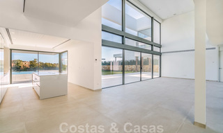 Ready to move in new modern luxury villa for sale, located directly on the golf course in Marbella - Benahavis 25861