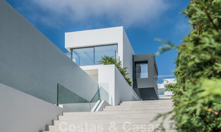 Ready to move in new modern luxury villa for sale, located directly on the golf course in Marbella - Benahavis 25866