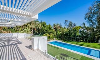 Move in ready, modern beachside villa for sale in the prestigious Guadalmina Baja in Marbella 26068