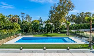 Move in ready, modern beachside villa for sale in the prestigious Guadalmina Baja in Marbella 26085