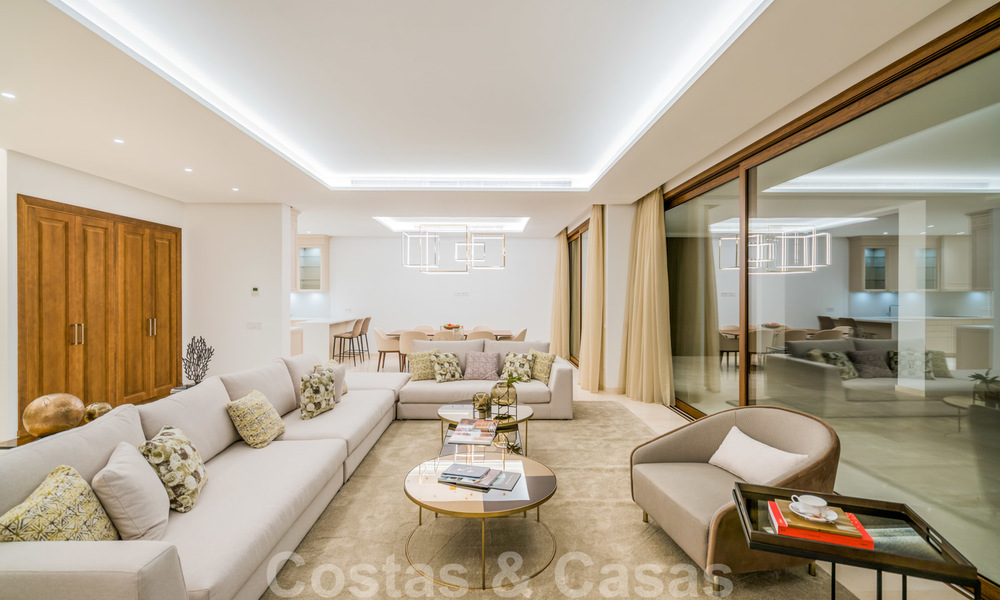 Move in ready, modern beachside villa for sale in the prestigious Guadalmina Baja in Marbella 26097