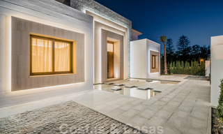 Move in ready, modern beachside villa for sale in the prestigious Guadalmina Baja in Marbella 26106
