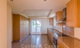 Penthouse apartment for sale, first line beach with panoramic sea view in Estepona 26170