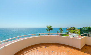 Penthouse apartment for sale, first line beach with panoramic sea view in Estepona 26195