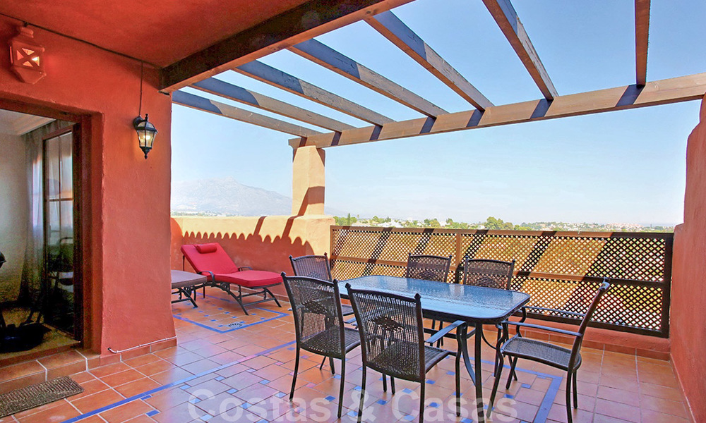 Spacious penthouse apartment for sale, with panoramic views in Marbella - Benahavis 26205