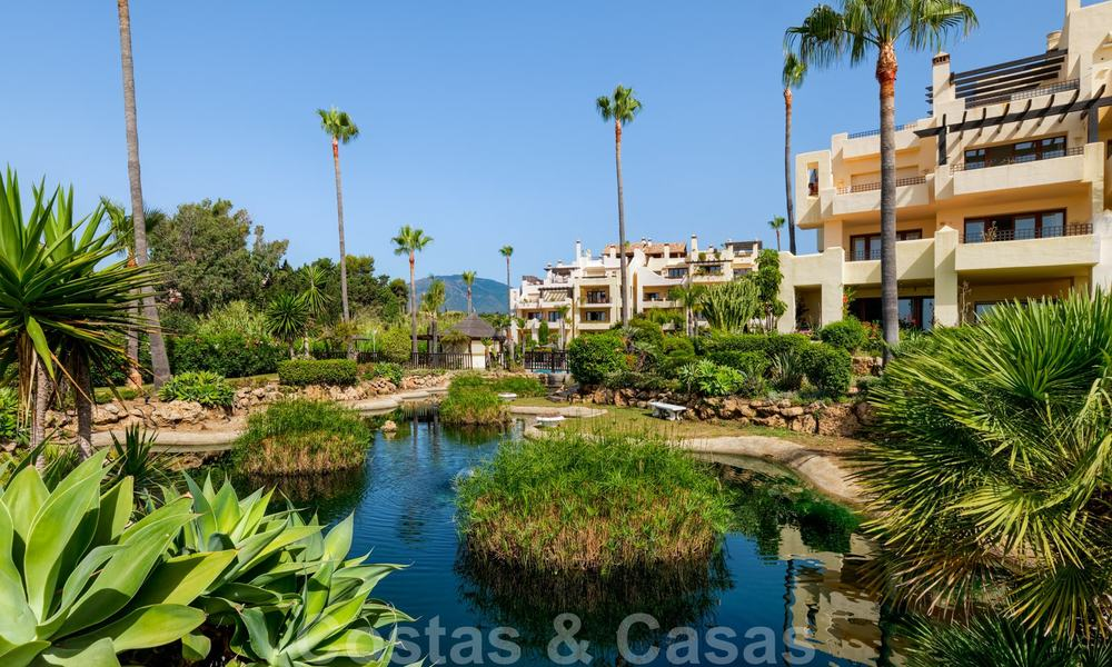 Luxury apartment for sale with open garden and sea views in a first line beach complex, on the New Golden Mile between Marbella and Estepona 26840