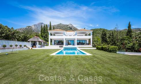 Renovated luxury villa for sale in a modern Mediterranean style in the exclusive Cascada de Camojan on the Golden Mile in Marbella 27061