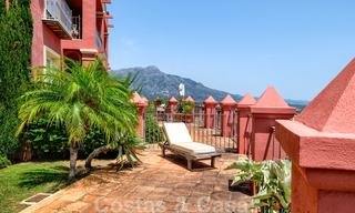 Spacious apartment with a large terrace and private garden with panoramic views of the coast and the sea in Benahavis - Marbella 27123