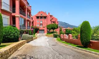 Spacious apartment with a large terrace and private garden with panoramic views of the coast and the sea in Benahavis - Marbella 27125
