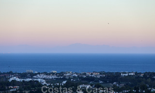 Ready to move into, spacious apartment with panoramic views of the coast and the Mediterranean Sea in Benahavis - Marbella 27337