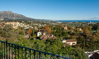 Ready to move into, spacious apartment with panoramic views of the coast and the Mediterranean Sea in Benahavis - Marbella 31023