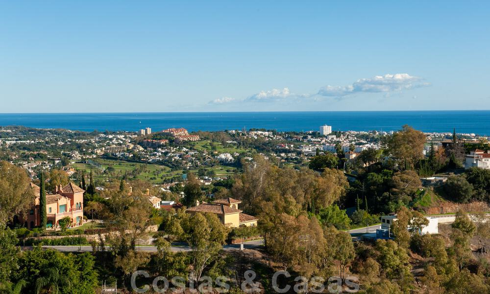 Ready to move into, spacious apartment with panoramic views of the coast and the Mediterranean Sea in Benahavis - Marbella 31024