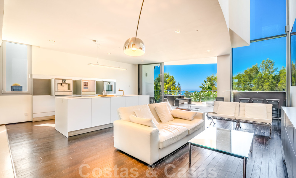 Modern luxury corner house with sea view for sale in the exclusive Sierra Blanca, Marbella 27142