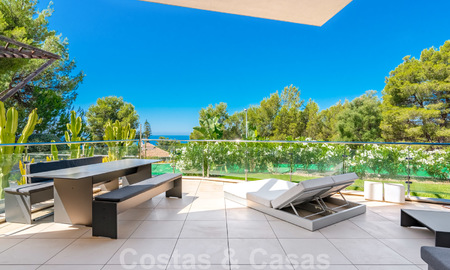 Modern luxury corner house with sea view for sale in the exclusive Sierra Blanca, Marbella 27147