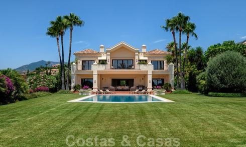 Traditional classic Mediterranean luxury villa for sale with stunning sea views in a gated community on the Golden Mile, Marbella 27277