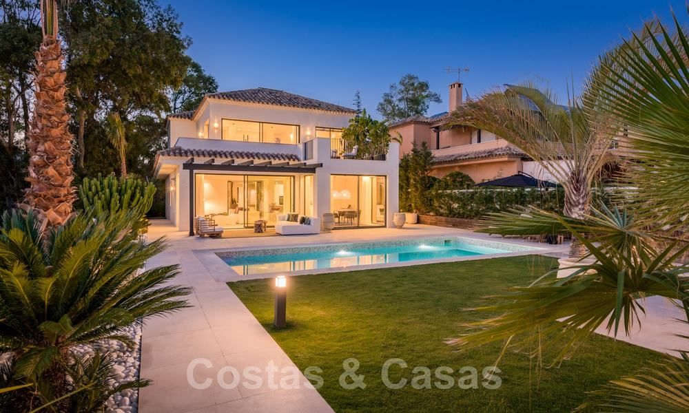 Ready to move in contemporary Mediterranean villa with sea views for sale at a short walking distance to the beach and all amenities, beach side Elviria in Marbella 27537