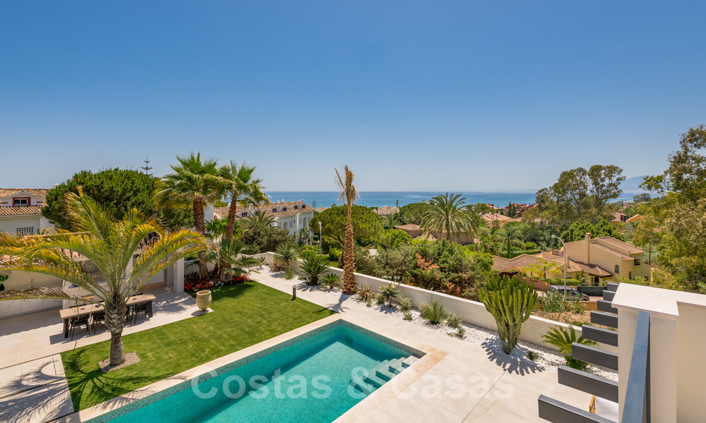 Ready to move in contemporary Mediterranean villa with sea views for sale at a short walking distance to the beach and all amenities, beach side Elviria in Marbella 27542