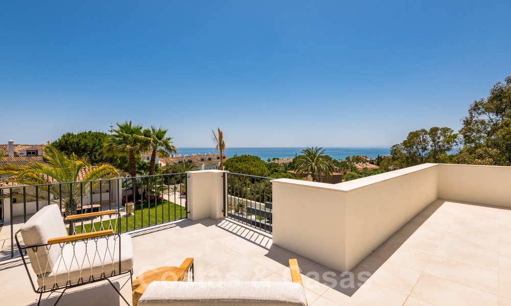 Ready to move in contemporary Mediterranean villa with sea views for sale at a short walking distance to the beach and all amenities, beach side Elviria in Marbella 27549