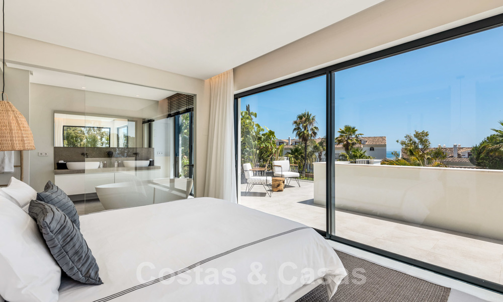 Ready to move in contemporary Mediterranean villa with sea views for sale at a short walking distance to the beach and all amenities, beach side Elviria in Marbella 27563