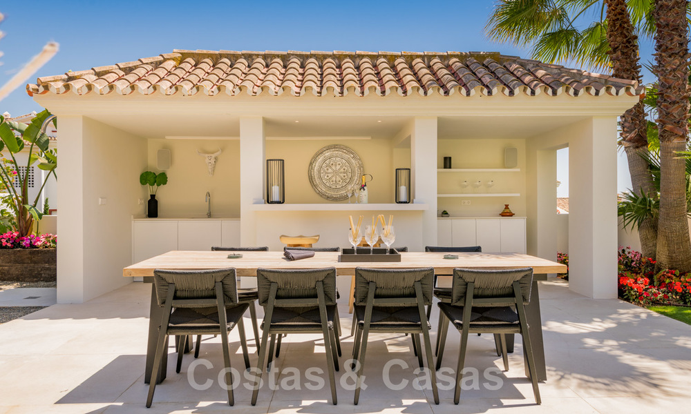 Ready to move in contemporary Mediterranean villa with sea views for sale at a short walking distance to the beach and all amenities, beach side Elviria in Marbella 27566