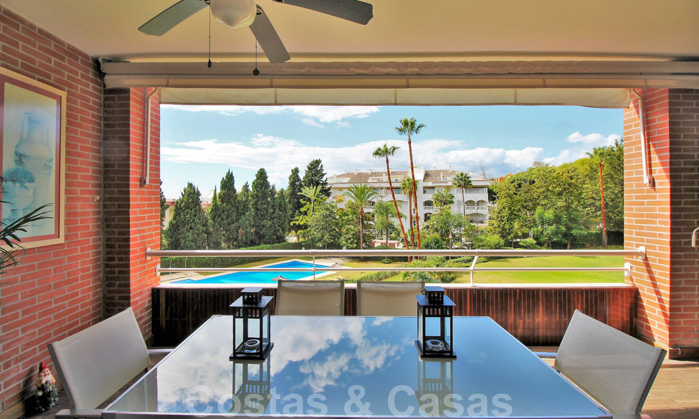 5-bedroom penthouse apartment for sale on the Golden Mile, short stroll to the beach and Marbella town 27641