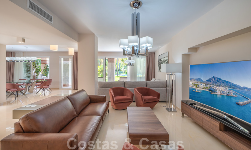 Renovated flat for sale in the iconic first line beach complex Gray D'Albion in Puerto Banus, Marbella 28382