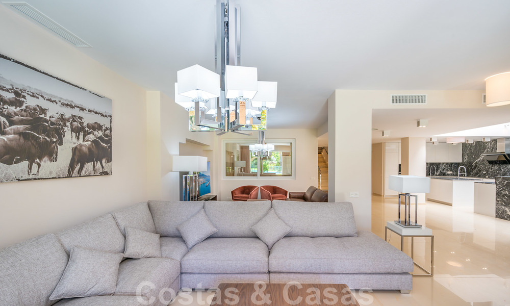 Renovated flat for sale in the iconic first line beach complex Gray D'Albion in Puerto Banus, Marbella 28390