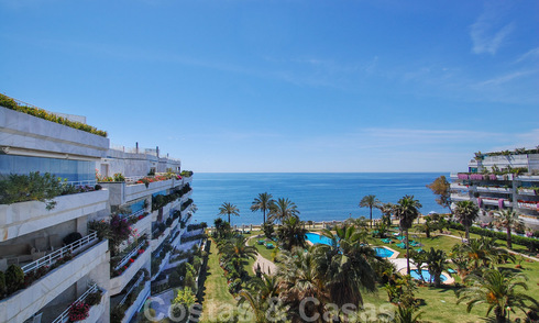 Apartments for sale in the exclusive front-line beach complex Playa Esmeralda on the Golden Mile, near Puerto Banús 28507